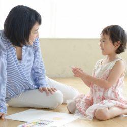 【親子溝通】大人往往會忽視!「傾聽」其實需要練習..