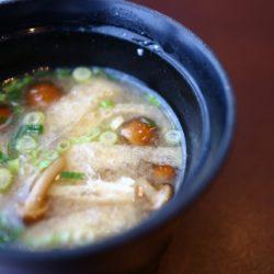 吃愈多肚子會愈小的夢幻食材!(杏鮑菇,舞菇,金針菇..)菇類營養報你哉
