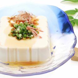 植物奶美譽~豆漿可補鈣!「豆腐」降血壓降血脂..豆腐的好處營養(豆漿)《癌後營養學》