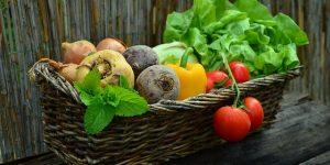 這四類食物要少吃!日本名醫教你維持腸道潔淨,提昇妳的美麗指數..